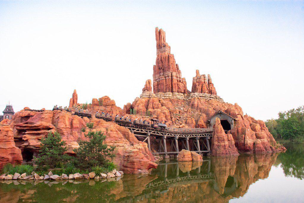 """<img src=""""Disneyland ride.png"""" alt=""""Big thunder mountain ride in Disneyland Paris"""">"""