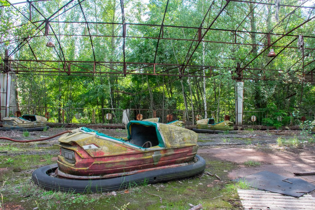 "<img src=""bumper cars.png"" alt=""bumper cars in pripyat"">"