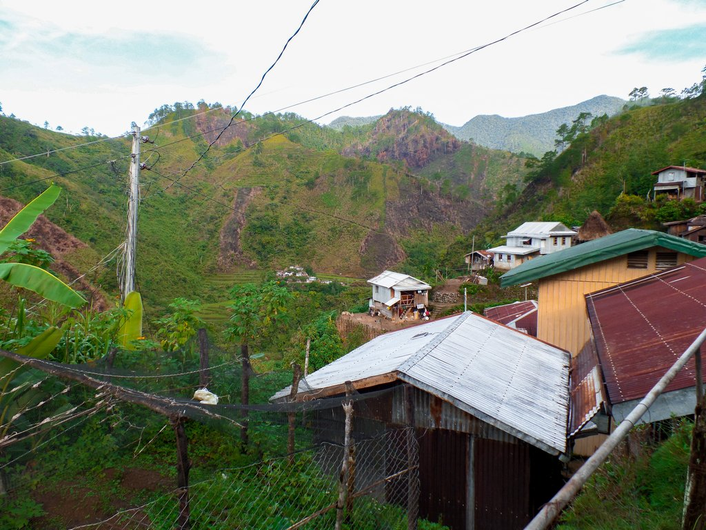 "<img src=""village.gif"" alt=""mountain view from a village at the northen philippines"">"